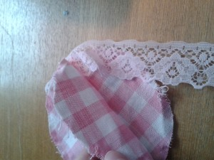 lace and pink gingham