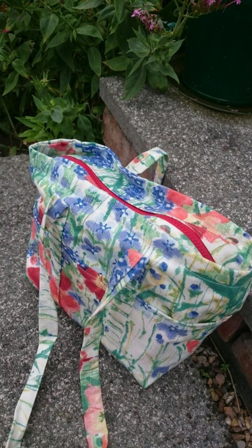 learn to sew make a summer bag